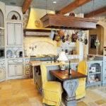 Декорируем кухню в французском стиле!