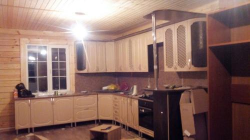 Кухня Люкс-3 2.6*3.0м Мдф цена 85500р.